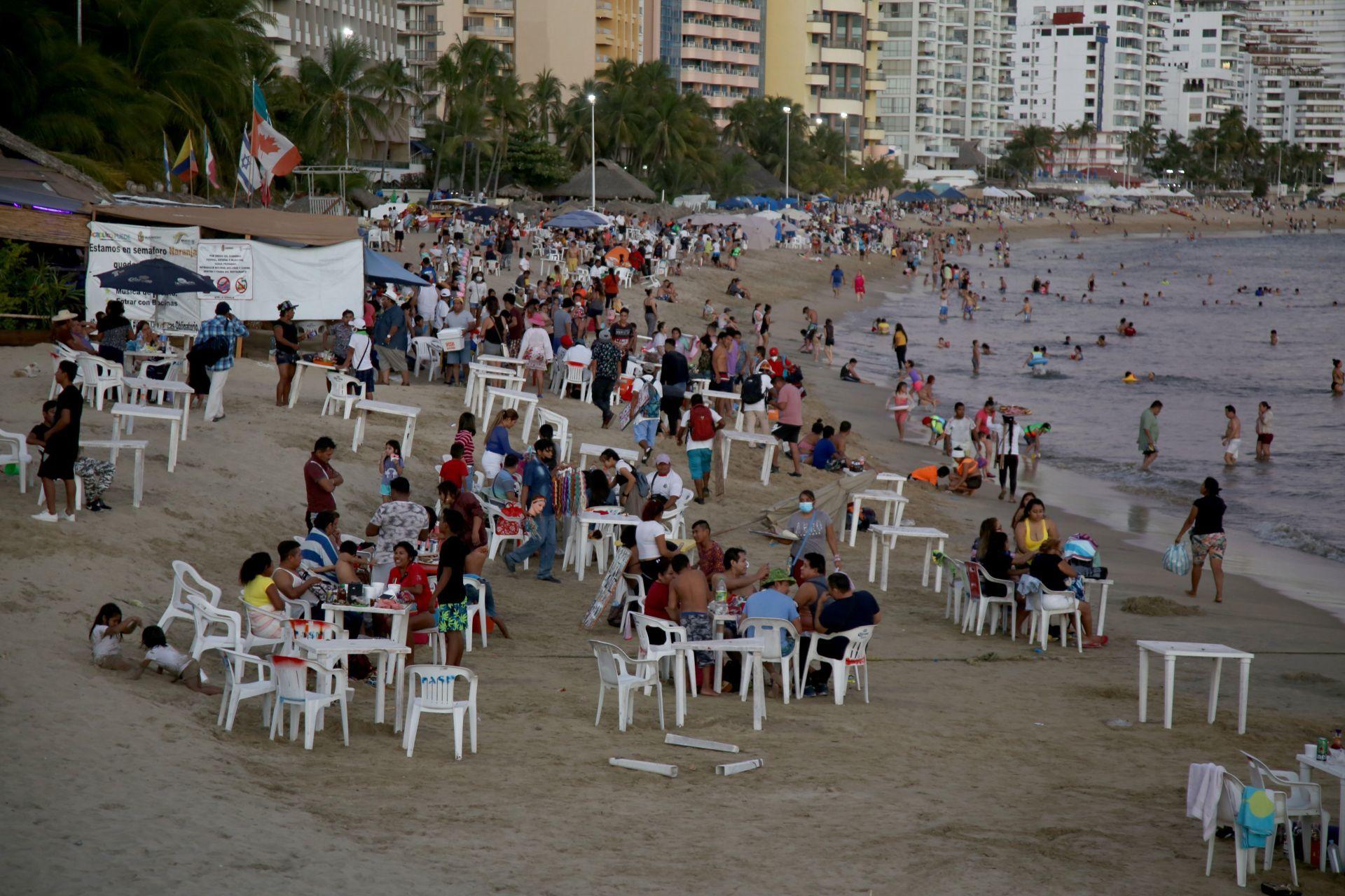 Ya, por favor: México espera tercera ola de COVID-19 por Semana Santa