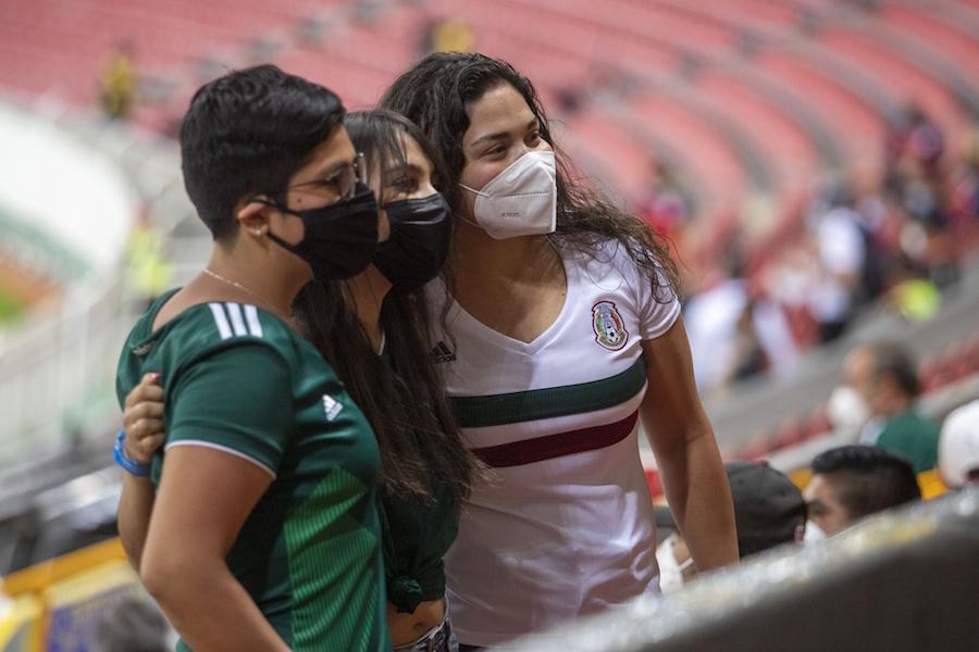 regresa la afición selección mexicana