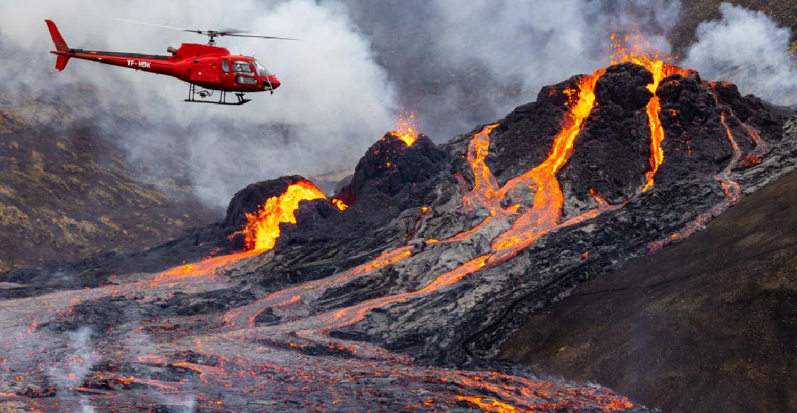 La espectacular erupción de un volcán en Islandia y el río de lava que dejó