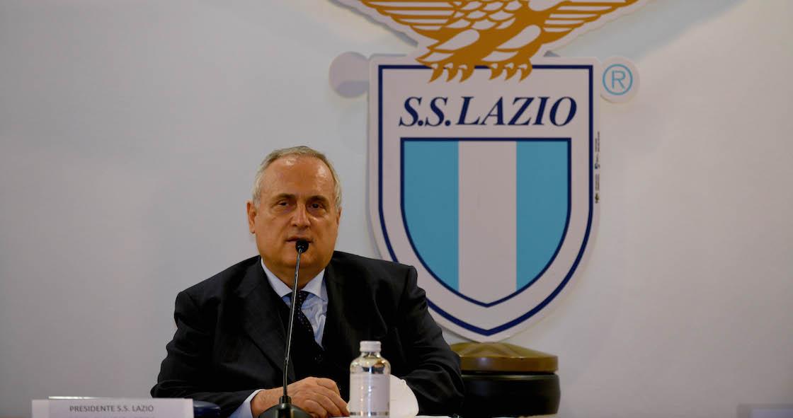 Presidente y médicos de Lazio son suspendidos por ocultar casos COVID