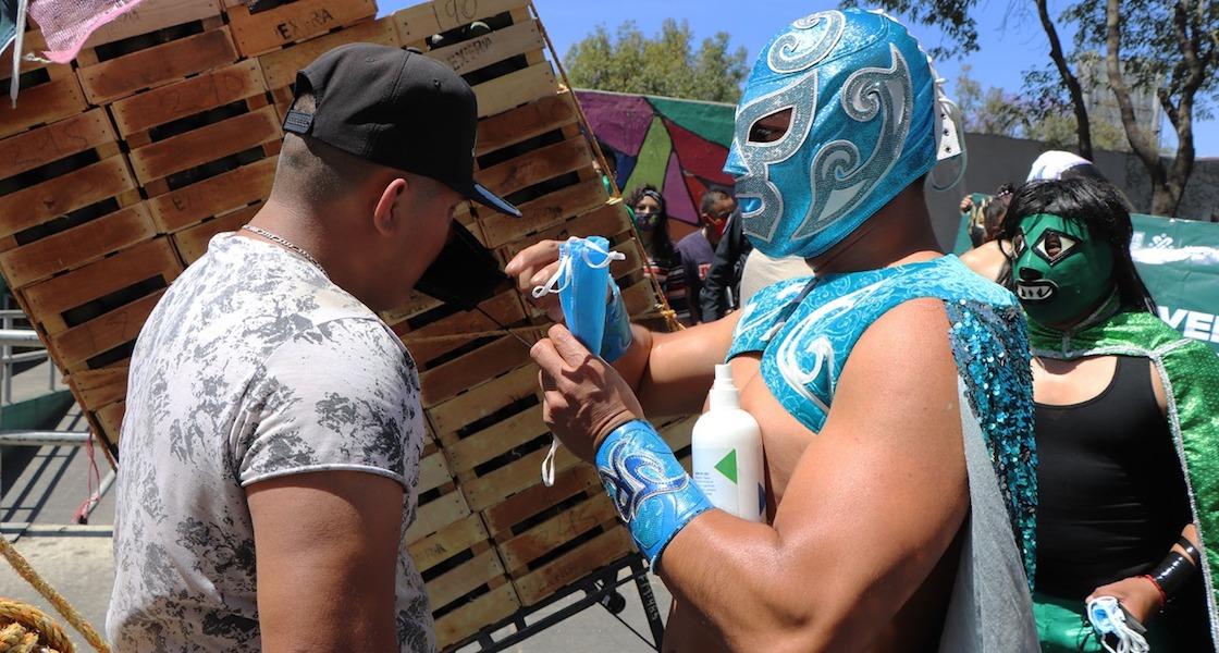 luchadores-cubrebocas