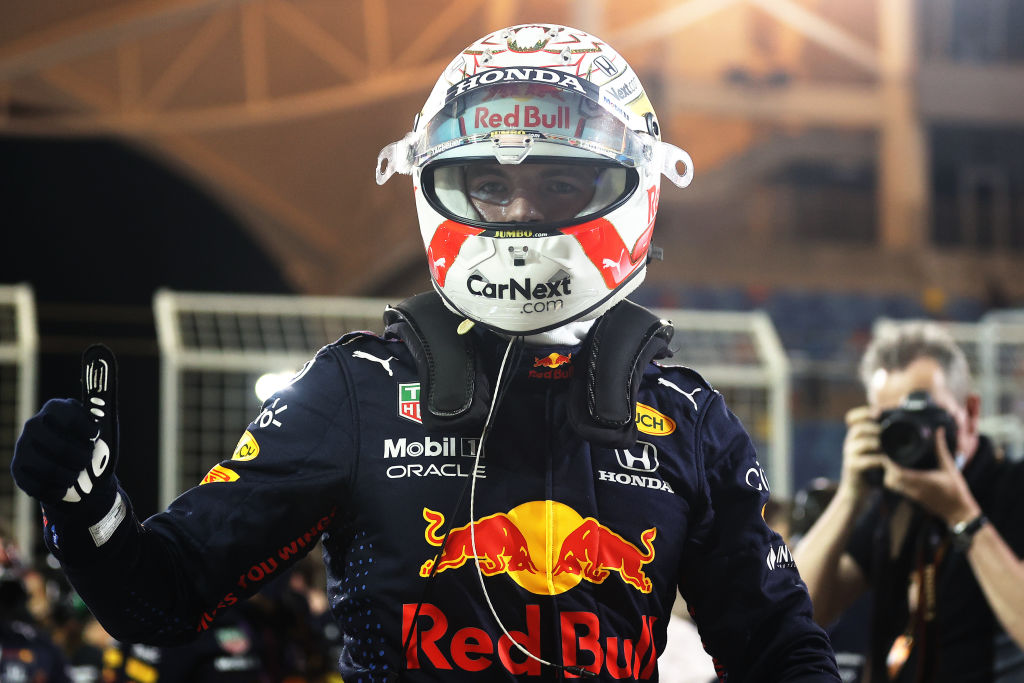 Mal inicio de Checo Pérez en Baréin; Verstappen se queda con la pole