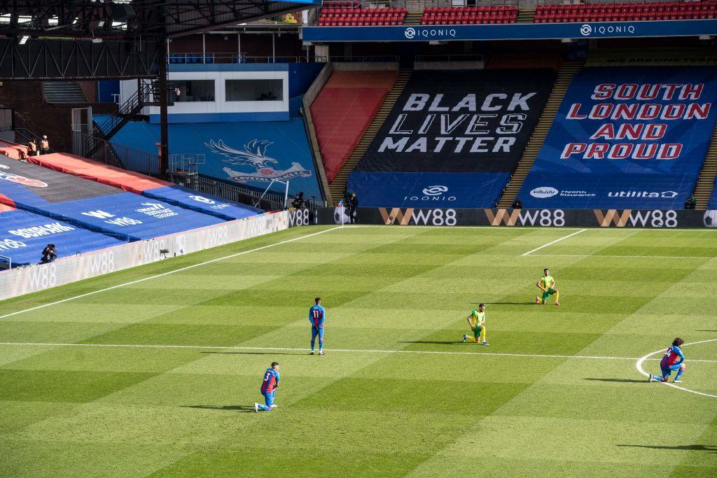 ¿Quién es Wilfried Zaha, futbolista que no se arrodilla para protestar contra el racismo?