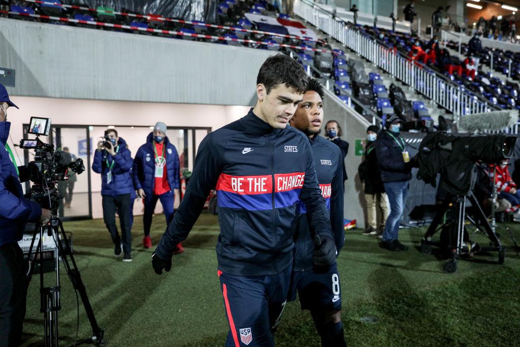 Gio Reyna con la Selección de Estados Unidos