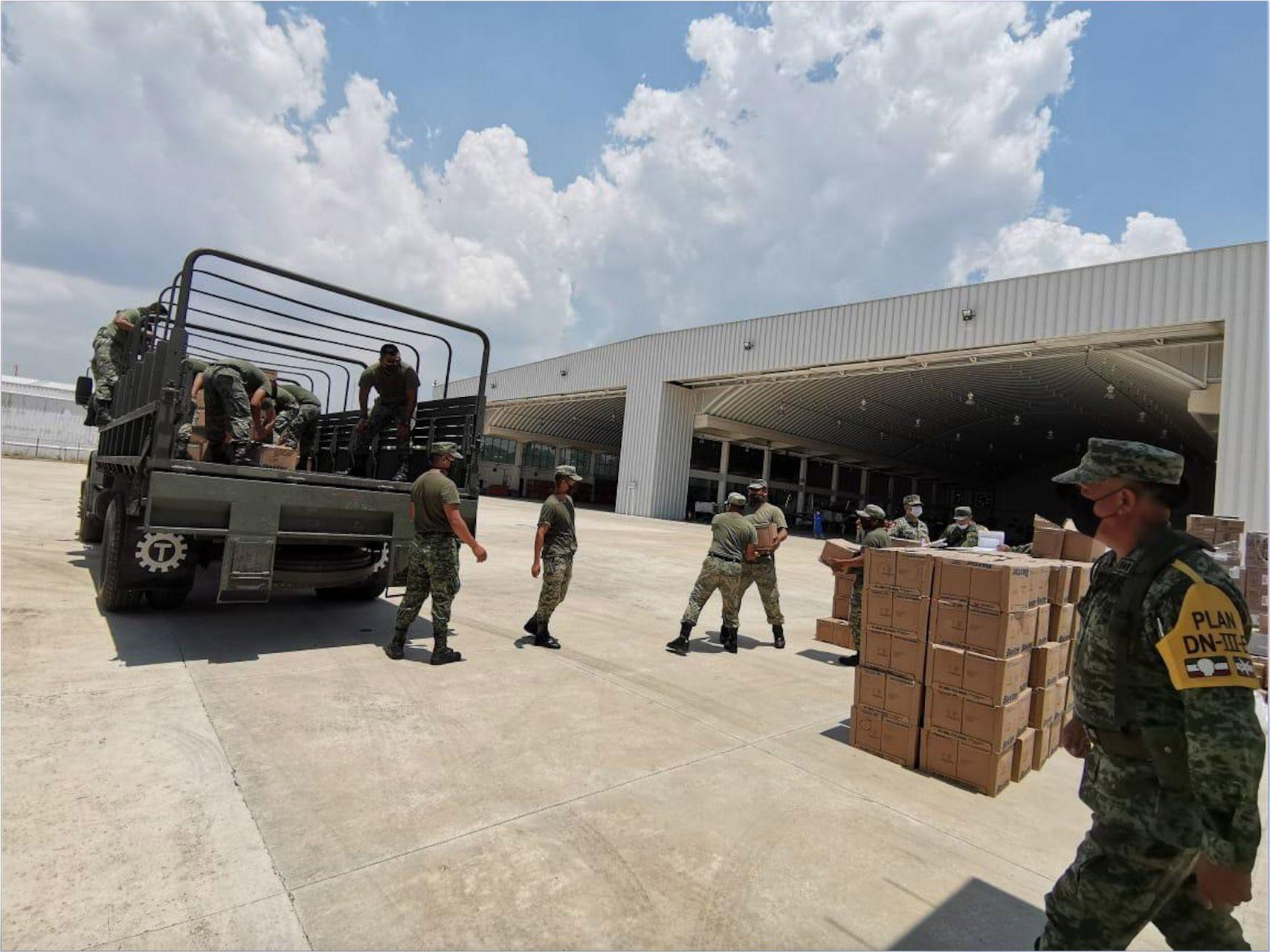 Camión del Ejército sufre accidente en Puebla; hay dos muertos y 21 heridos