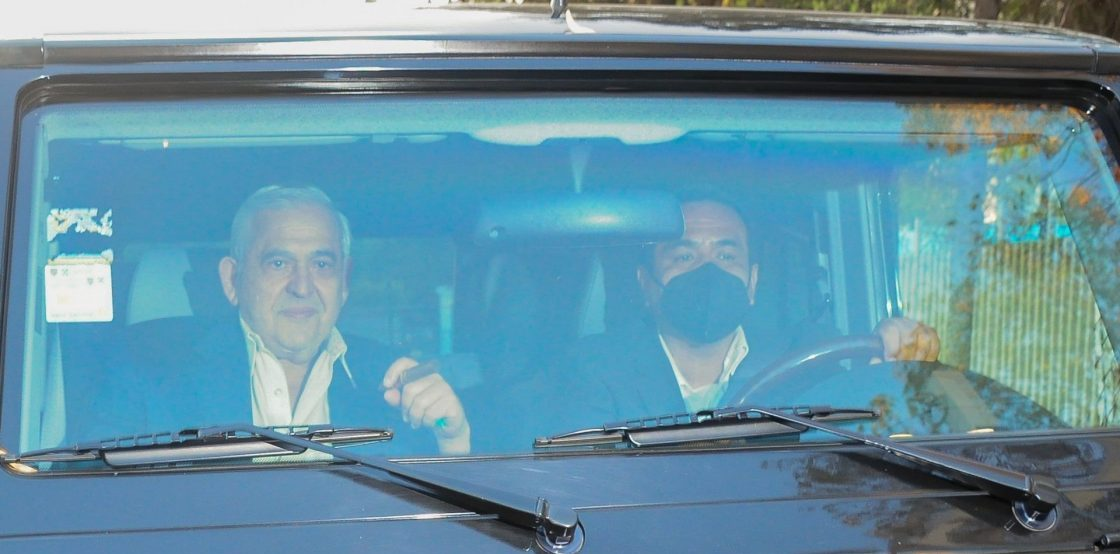 CIUDAD DE MÉXICO, 19ABRIL2021.- Alonso Ancira, ex dueño de Altos Hornos de México, salió del Reclusorio Norte luego de acordar el pago de más de 216 millones de dólares.