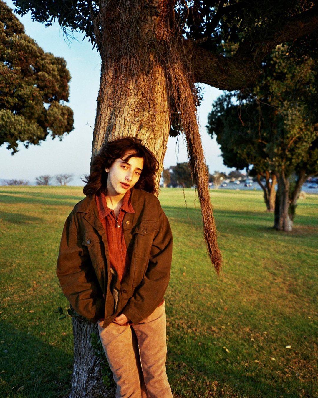 KALI: Indie pop adolescente que te traerá recuerdos nostálgicos