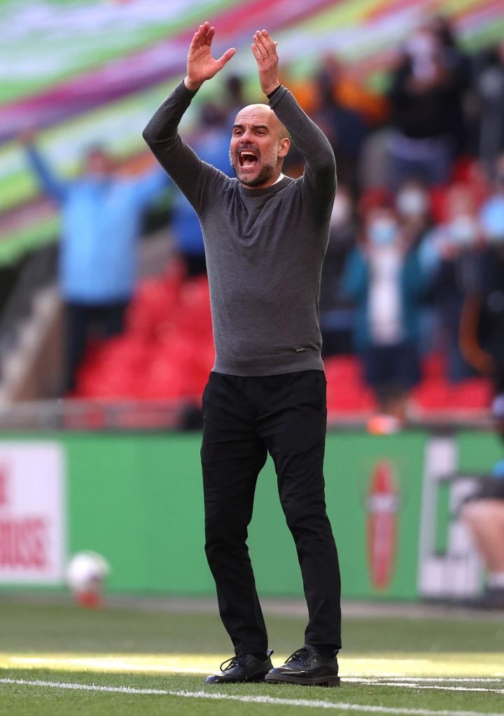 Manchester City conquista la Carabao Cup, el primero de tres títulos a los que aspira