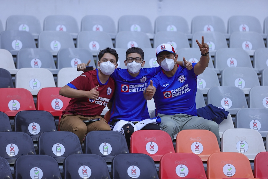 El regreso de la afición de Cruz Azul (y Toluca) al Estadio Azteca después de 401 días