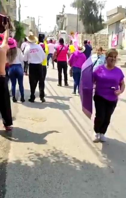 Apedrean a candidato de Los Reyes La Paz cuando hacía campaña en la calle