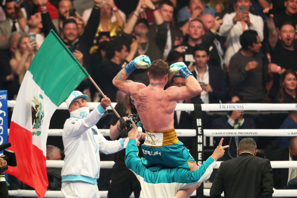 Canelo Álvarez vs Saunders