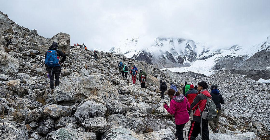 contagios-covid-turismo-brote-campo-base-monte-everest-nepal.
