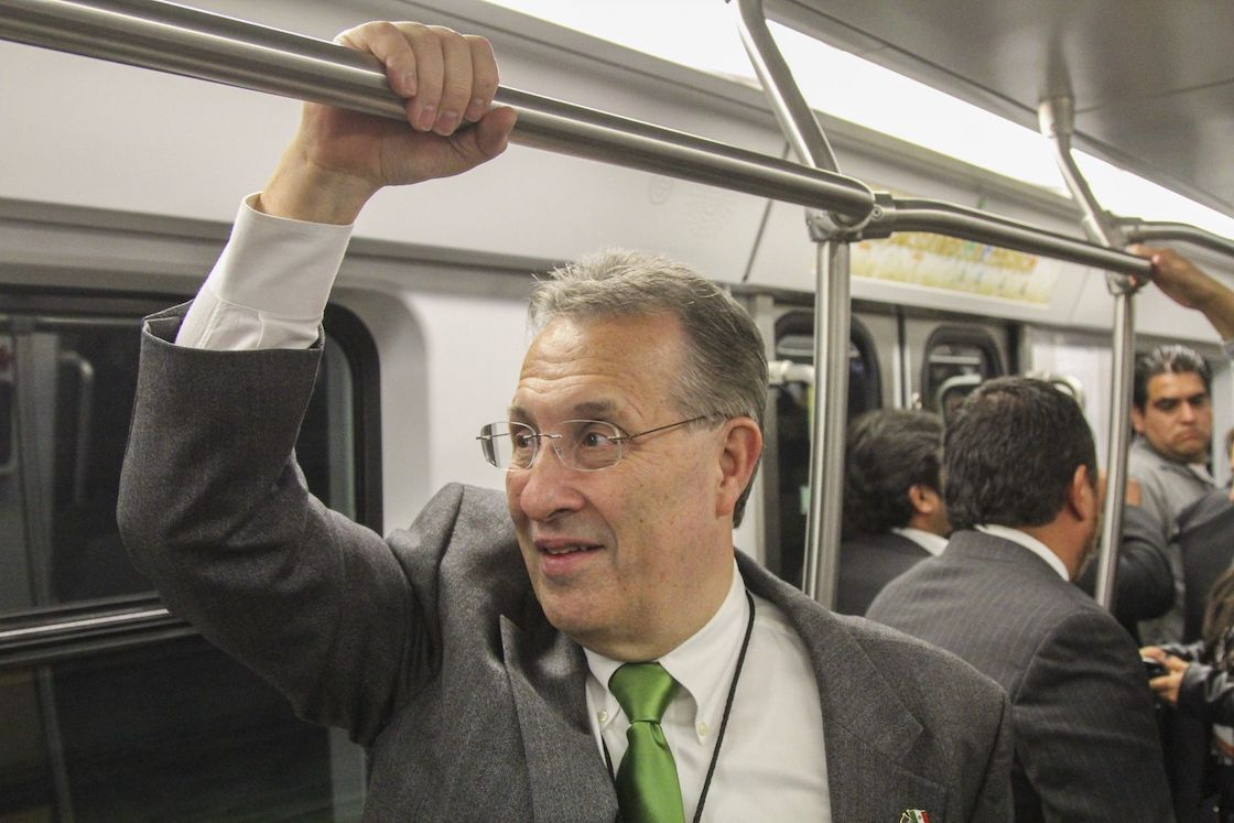 inauguracion-linea-12-metro-embajador-estados-unidos