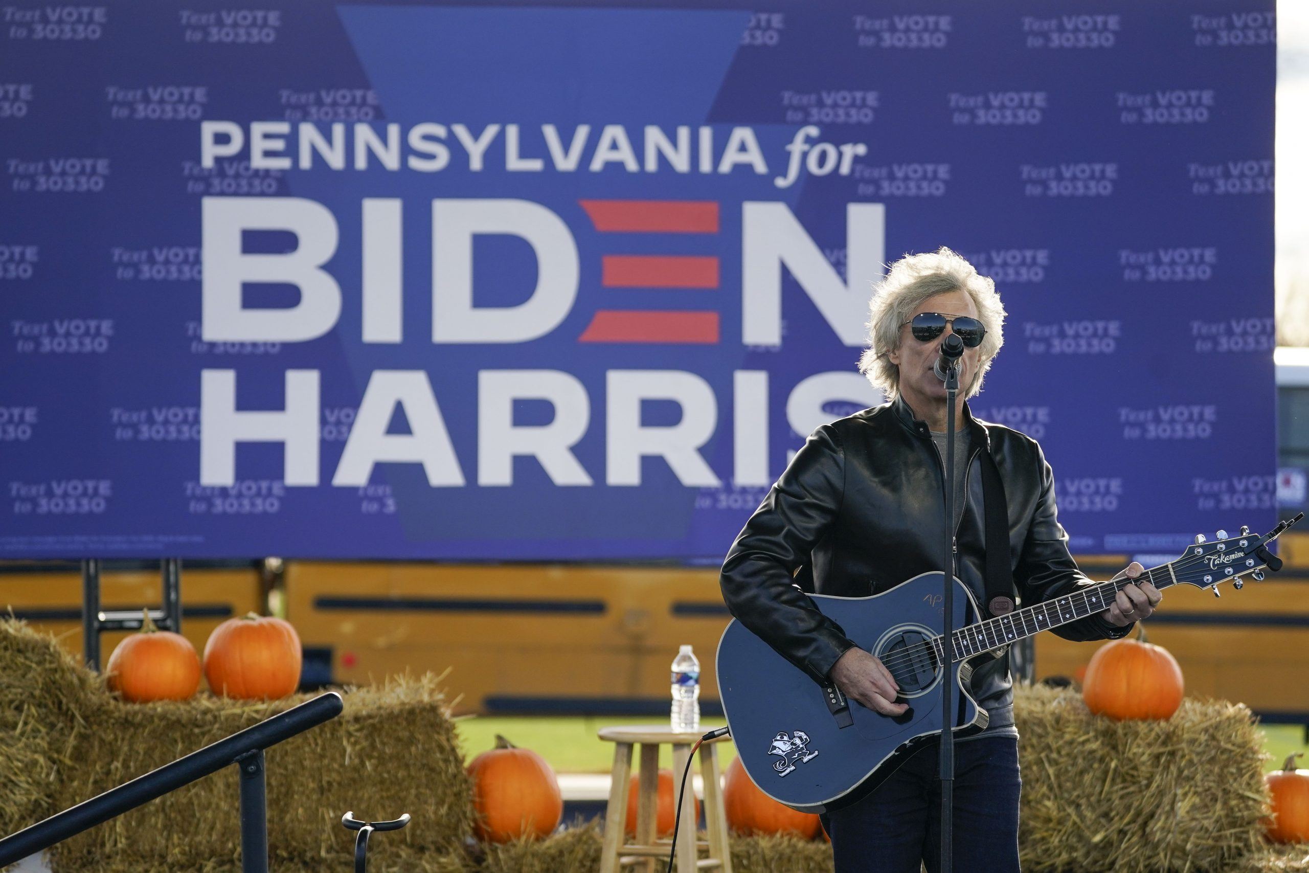 "Checa a Jon Bon Jovi covereando ""Watermelon Sugar"" de Harry Styles"