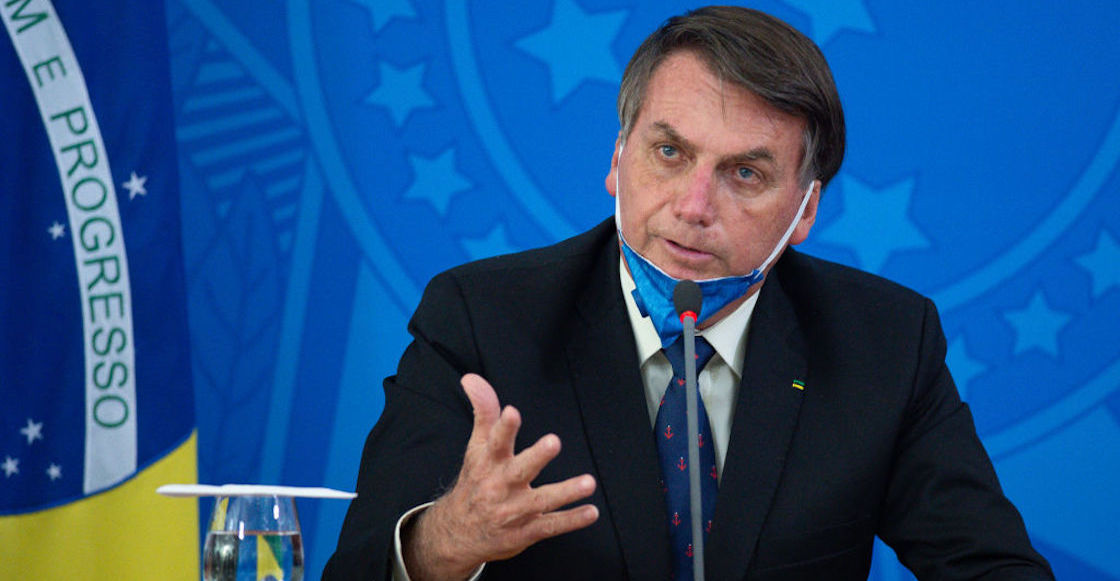 Bolsonaro fined for organizing large-scale events and not wearing masks