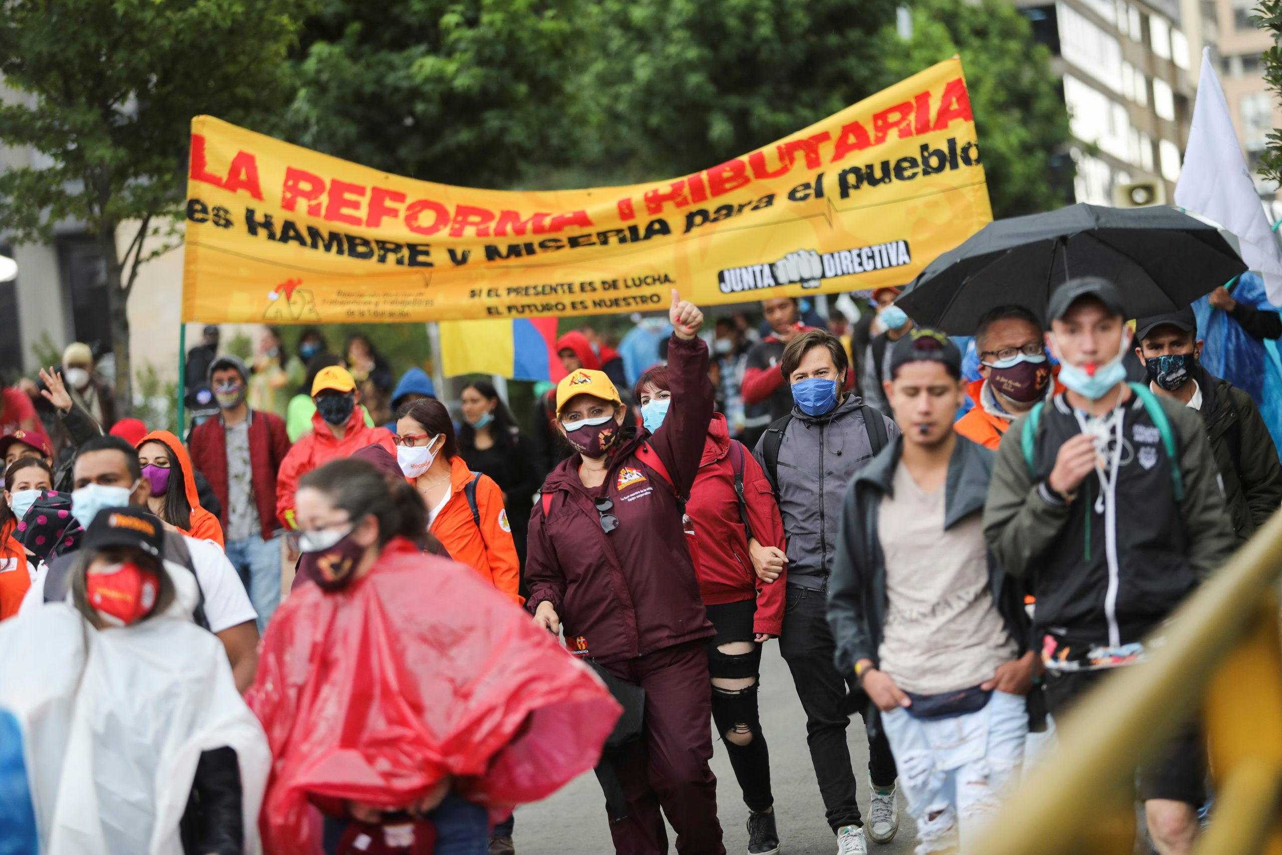 Colombia: Protests against tax reform led President Duke to withdraw the project