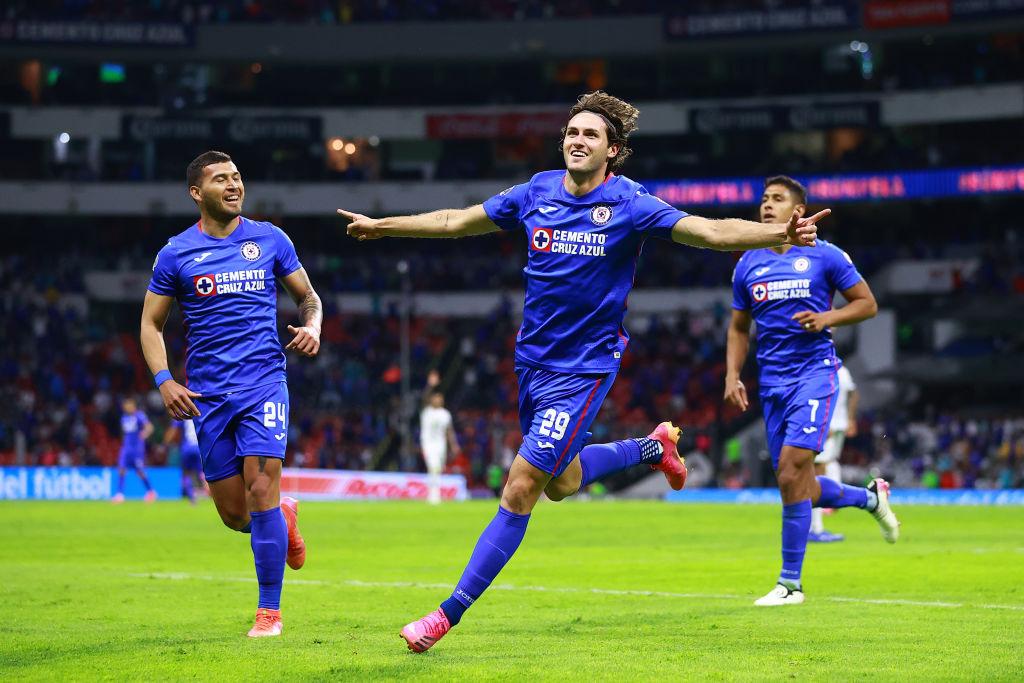 Cruz Azul va a la Final con el gol más importante en la carrera de Santi Giménez