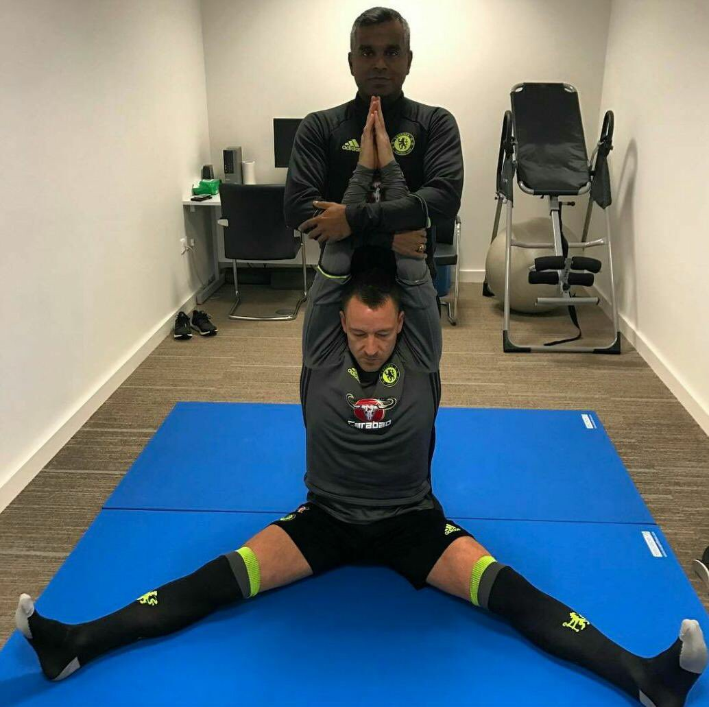 Vinay Menon y el yoga, armas secretas del Chelsea para ganar la Champions