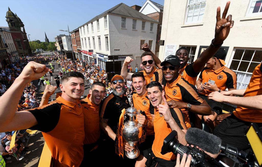 Wolverhampton celebra ascenso a Premier League