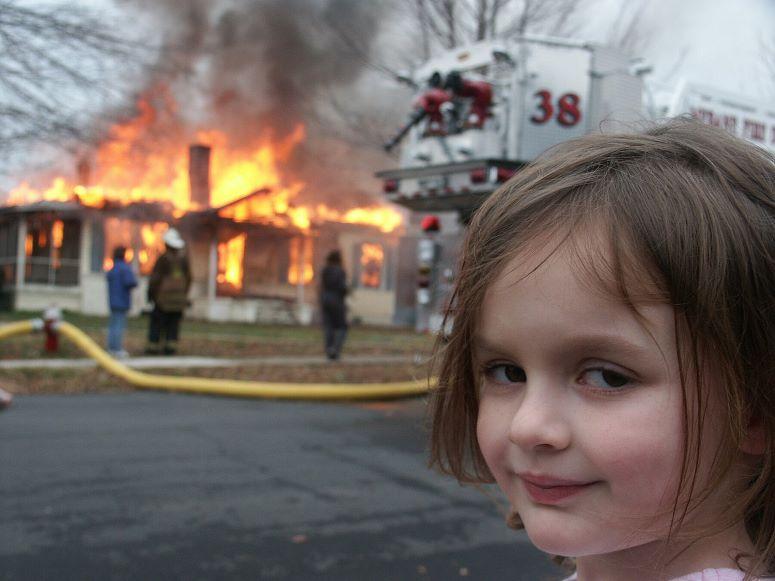 Zoë Roth, la 'Chica Desastre' gana 500 mil dólares por la foto de su meme