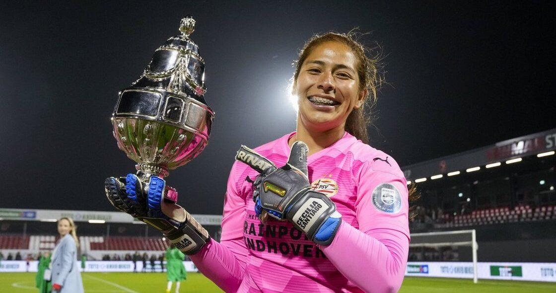 ¡Adiós, PSV! Cecilia Santiago vuelve a México para defender la portería de Tigres Femenil