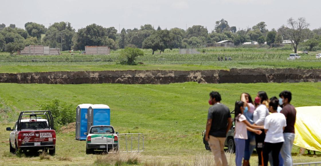 Ah, chale: Ya colapsó la casa que estaba en la orilla del socavón de Puebla