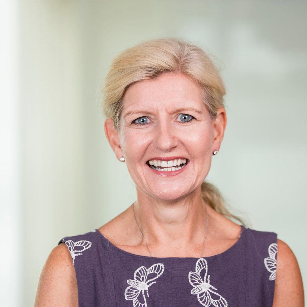 Debbie Hewitt se convertirá en la primera presidenta de la Asociación Inglesa de Futbol
