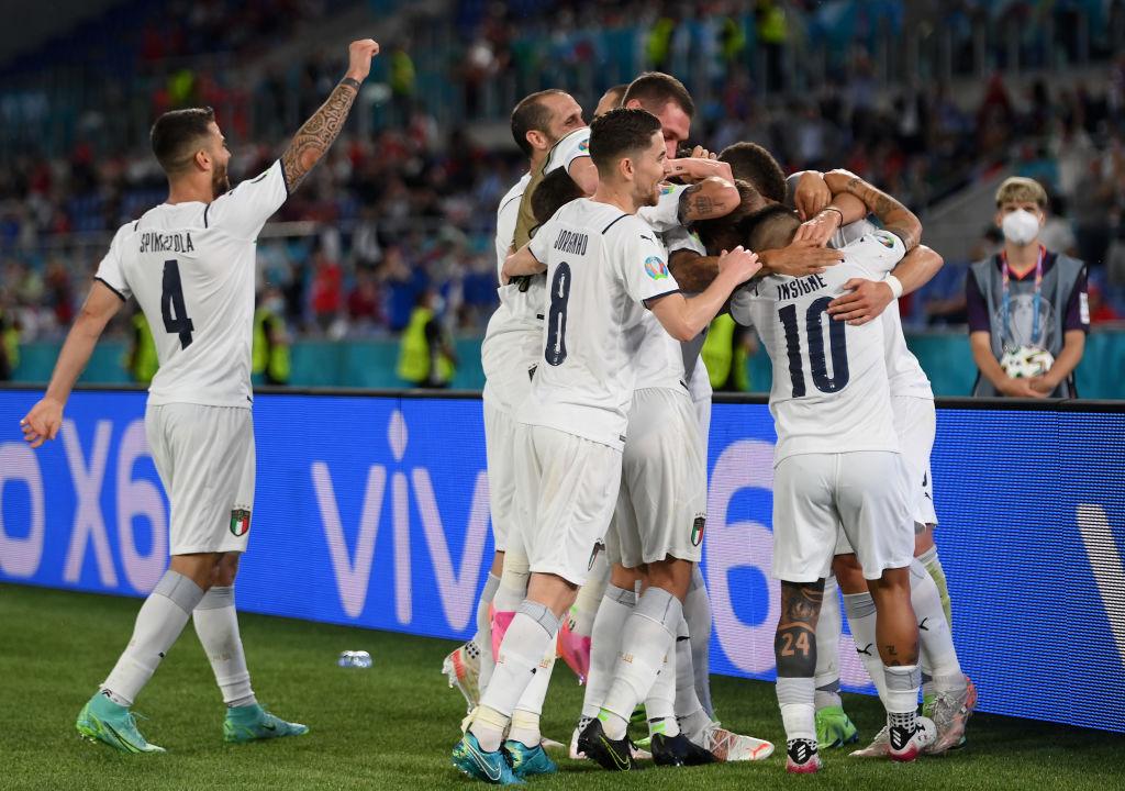 Italia vence a Turquía en debut Euro 2020