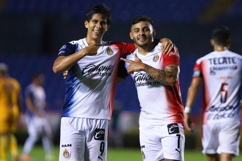 J. J. Macías y Alexis Vega