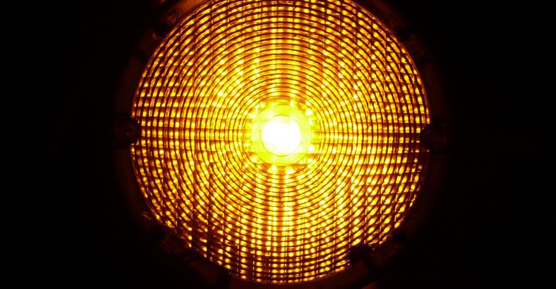 semaforo-amarillo-cdmx-que-paso-verde-eduardo-clark-medidas-por-razones-explica-sopitas-aire-libre
