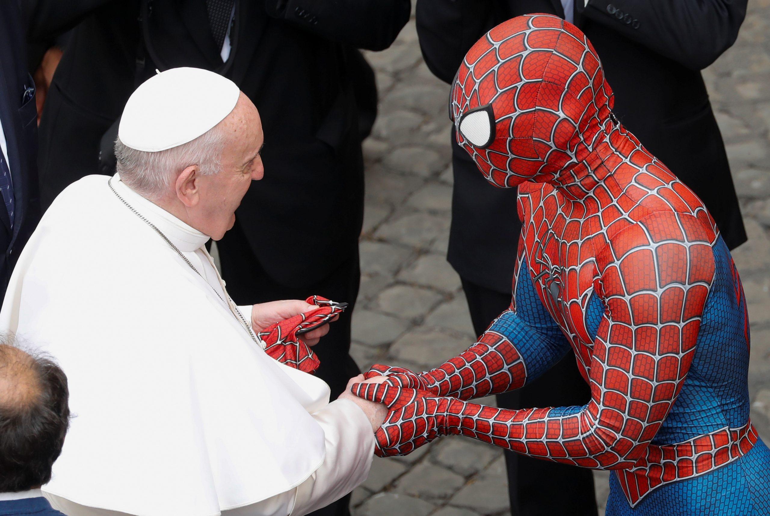 Y a todo esto, ¿por qué fue Spider-Man al Vaticano a visitar al papa Francisco?