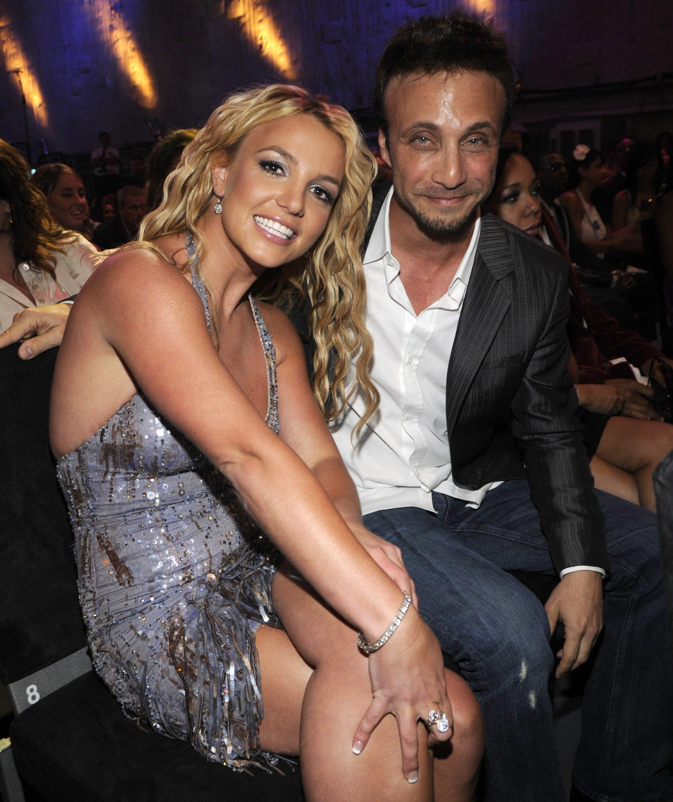 Renuncia el manager de Britney Spears tras enterarse que la cantante quiere retirarse