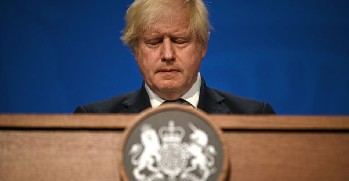 Boris Johnson se aísla tras tener contacto con un funcionario contagiado de COVID