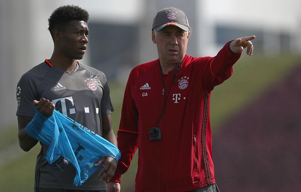 Carlo Ancelotti y David Alaba en el Bayern Munich