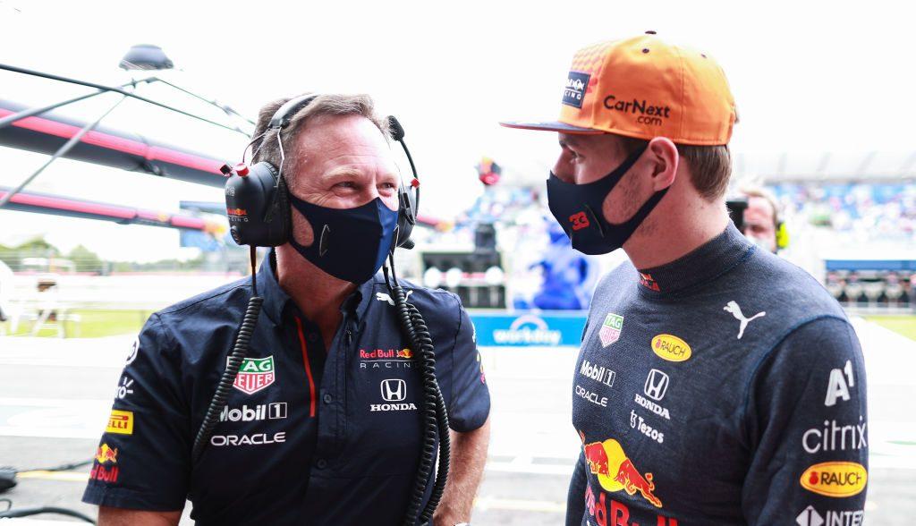 """""""Ojalá esté feliz consigo mismo"""": Red Bull arremete contra Hamilton por el incidente con Verstappen"""