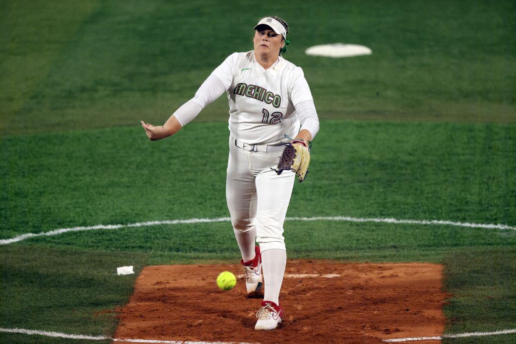 Dallas Escobedo, pitcher de México en softbol