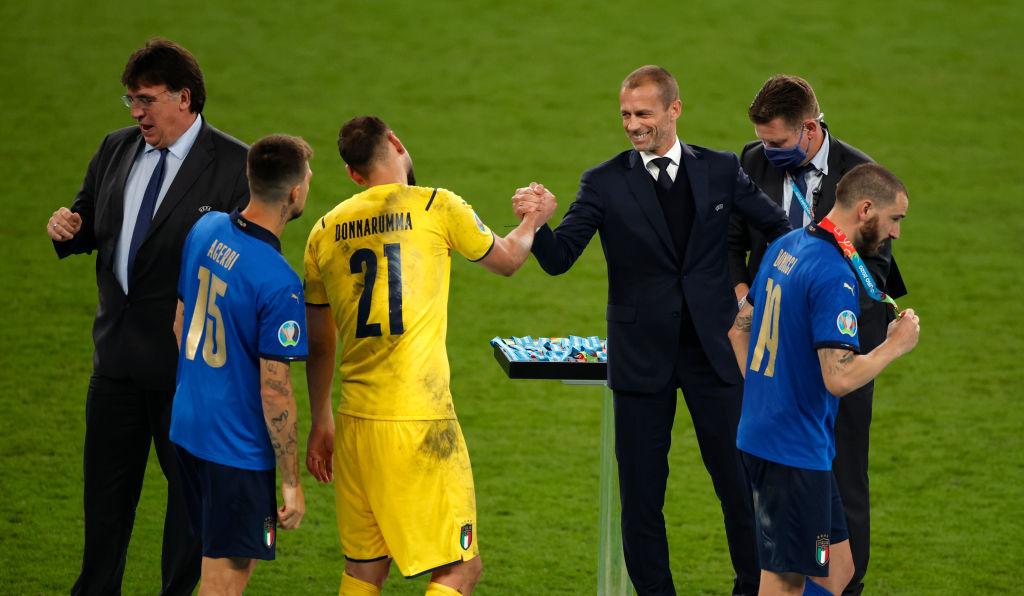 Alexander Ceferin en la premiación de la Eurocopa