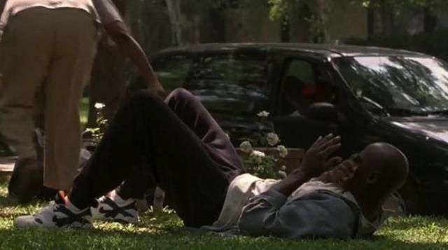 Michael Jordan en la película Space Jam usando los Nike Air Max Triax Extra