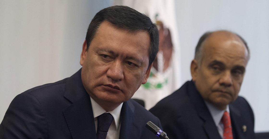 CIUDAD DE MÉXICO, 27FEBRERO2020.- Miguel Ángel Osorio Chong, coordinador del grupo parlamentario PRI ofreció conferencia del prensa en la Cámara de Senadores para desmentir supuesta investigación por parte de la UIF.