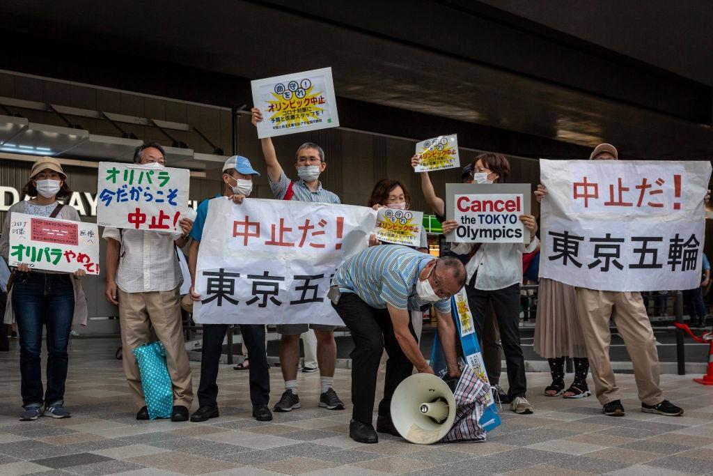 En imágenes: Las protestas en las calles de Tokio durante la inauguración de los Juegos Olímpicos