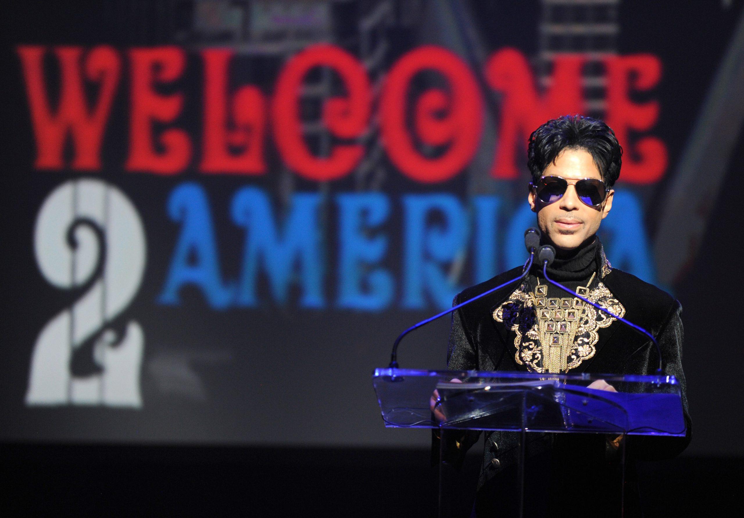 La peculiar historia detrás de 'Welcome 2 America', el disco póstumo de Prince