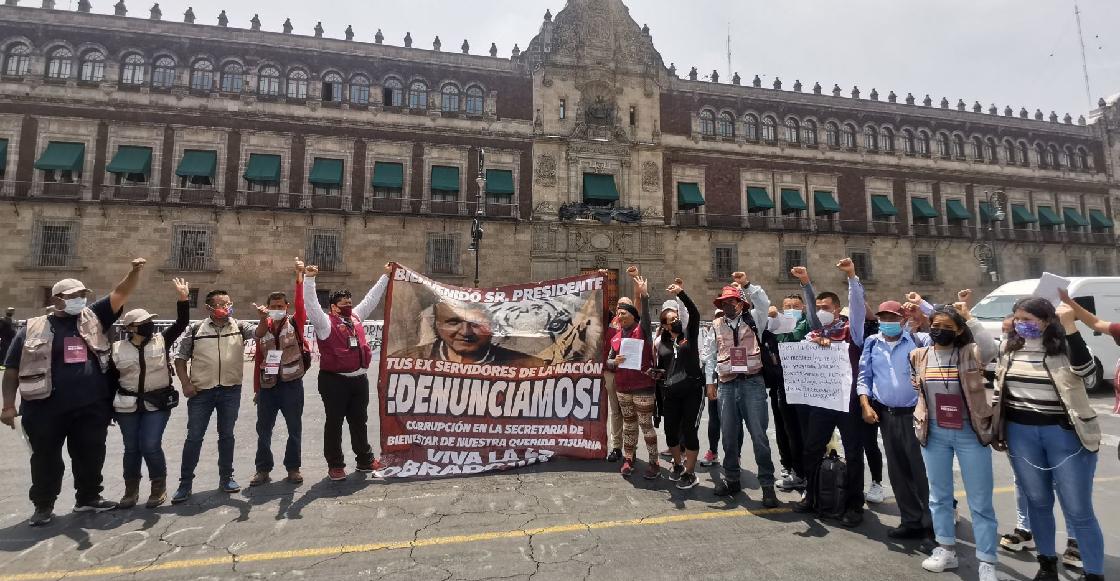 Servidores de la Nación protestaron en Palacio Nacional por mejores condiciones laborales