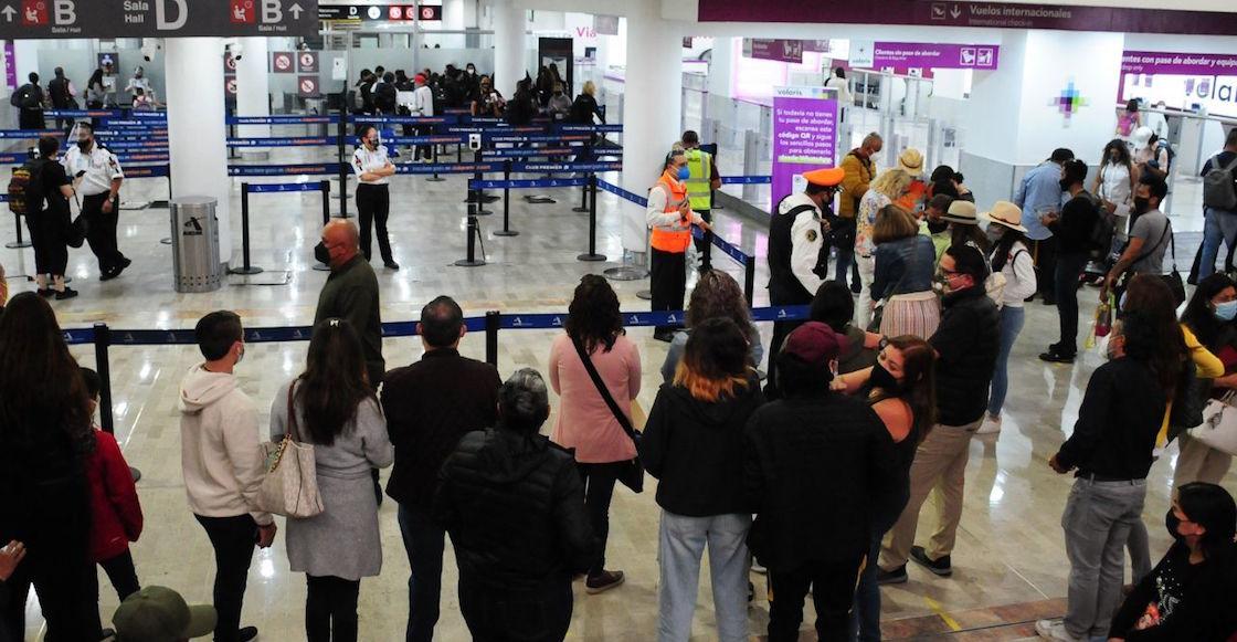vuelos-demoras-aicm-aeropuerto-fallas-internet-controladores-a-mano-mal-humor-06