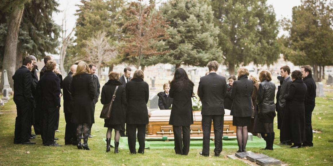 En la nota idiota del día: Pastor muere enterrado vivo, quería imitar a 'Jesús'