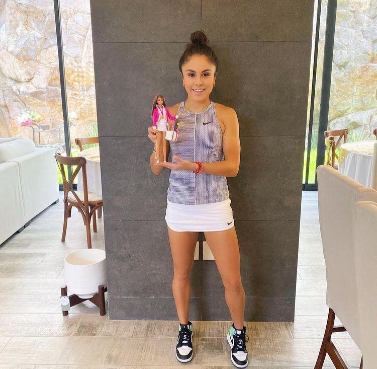 ¡Paola Longoria, Francisca Mardones y Paola Espinosa ya tienen su propia Barbie!