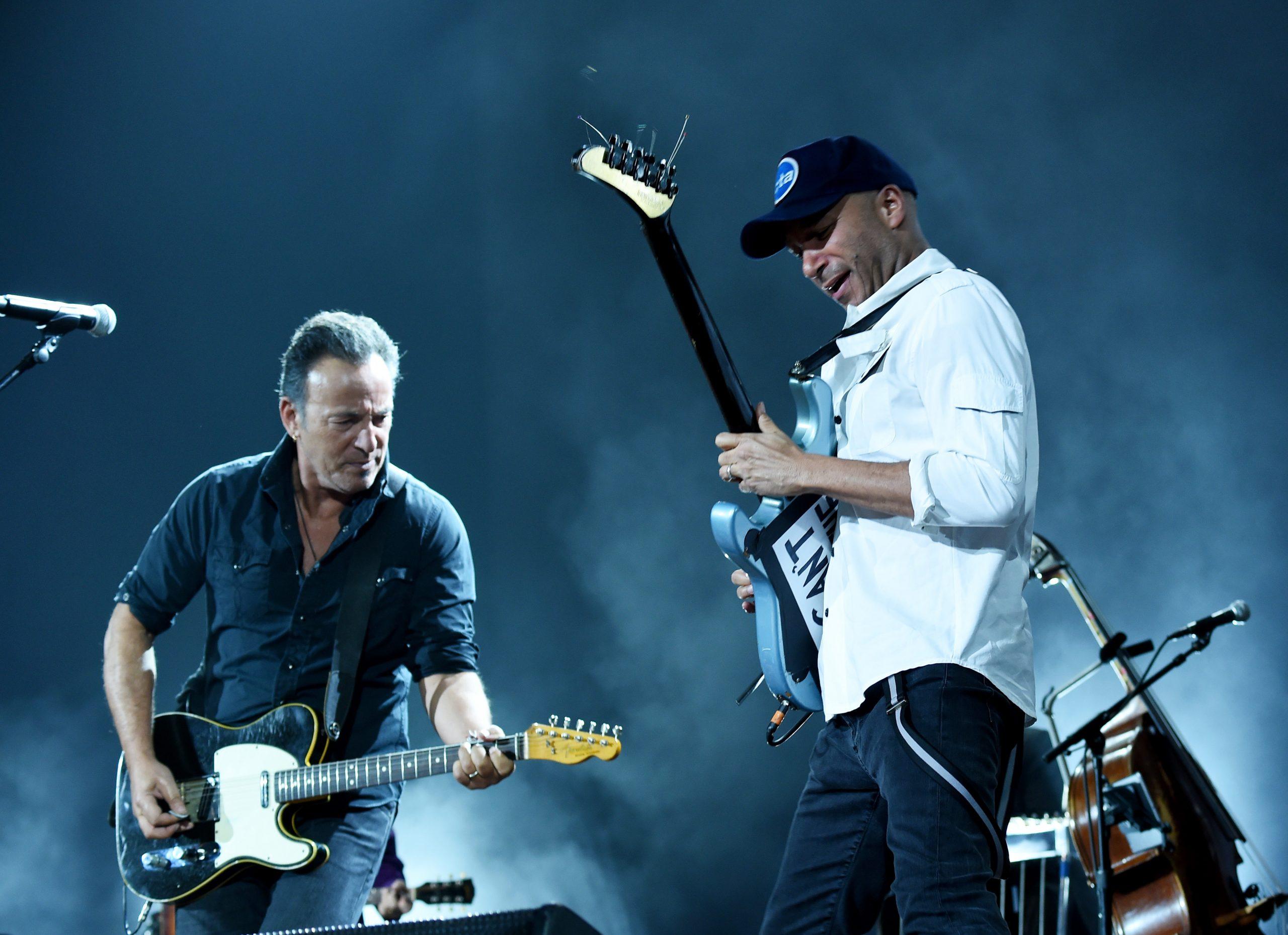 Checa a Tom Morello, Eddie Vedder y Bruce Springsteen covereando a AC/DC