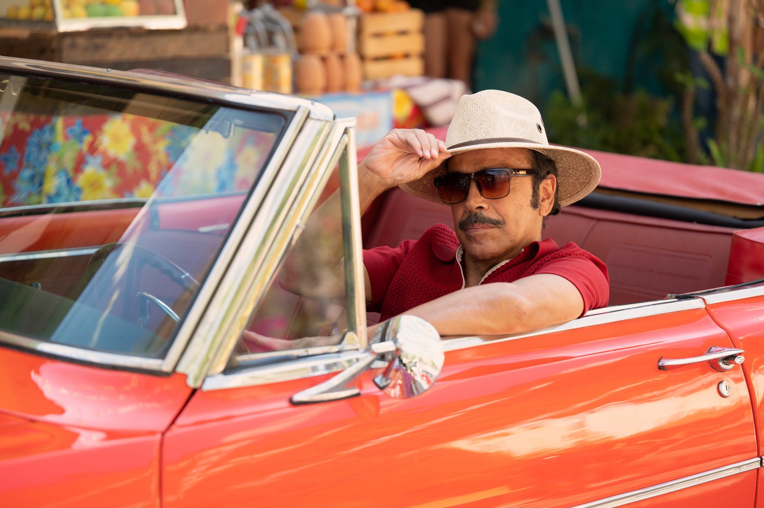 Apple TV+ revela la fecha de estreno y primeras imágenes de 'Acapulco' con Eugenio Derbez