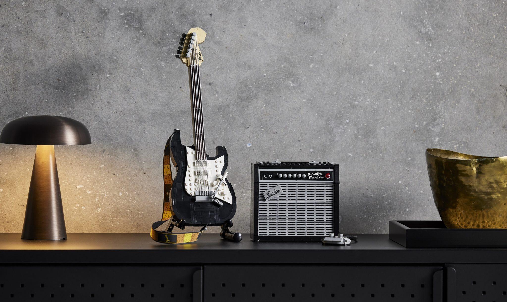 LEGO lanzará un set de la Fender Stratocaster para sacar tu lado más rockero 🎸