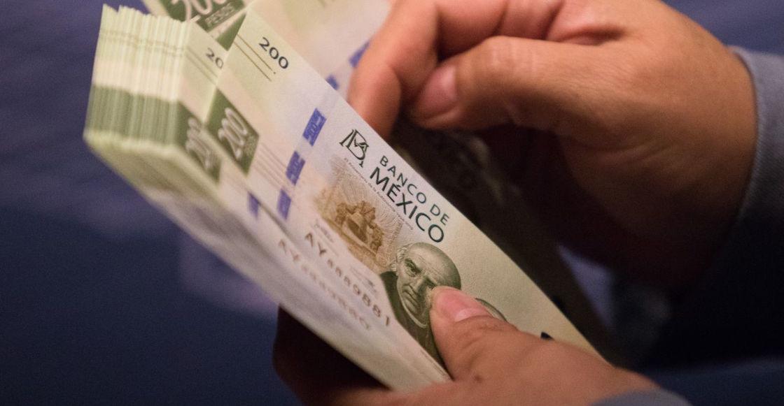 dientes-SAT-depositos-efectivo-mensualmente-15-mil-pesos-2022-bancos