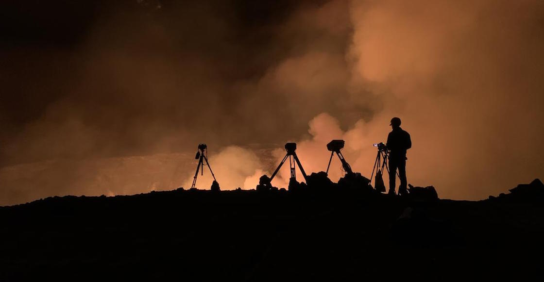 Photo-video-kilauea-hawaii-explosion-2021-fissure-old-crater-red-alert-4